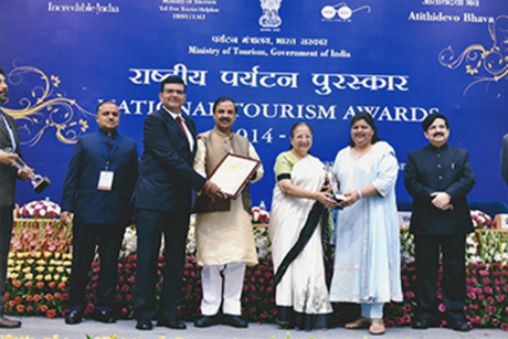 Jaypee Group of Hotels bags awards at the National Tourism Awards 2014-15
