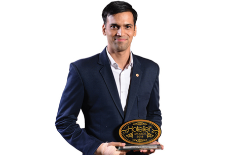 Basant Bhatt- Winner: Hotelier India Awards 2018, Front Office Manager of the Year, Economy to Budget