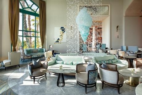 Preciosa Lighting creates statement fixtures for Atlantis, The Palm