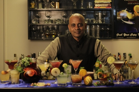 30BestBarsIndia to raise funds for bar employees affected by the COVID-19 crisis