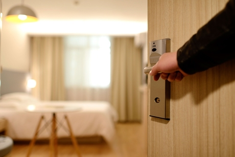 Asymptomatic patients in UP can now avail paid hotel isolation facility