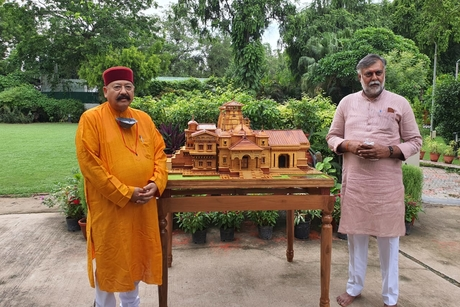 Satpal Maharaj urges Centre to release funds for ongoing tourism projects in Uttarakhand