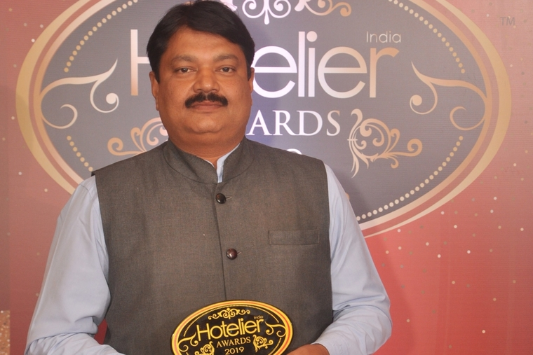 Sashi Panda takes home Hotelier India's 'Revenue Person of the Year' for MAYFAIR Heritage & Waves, Puri