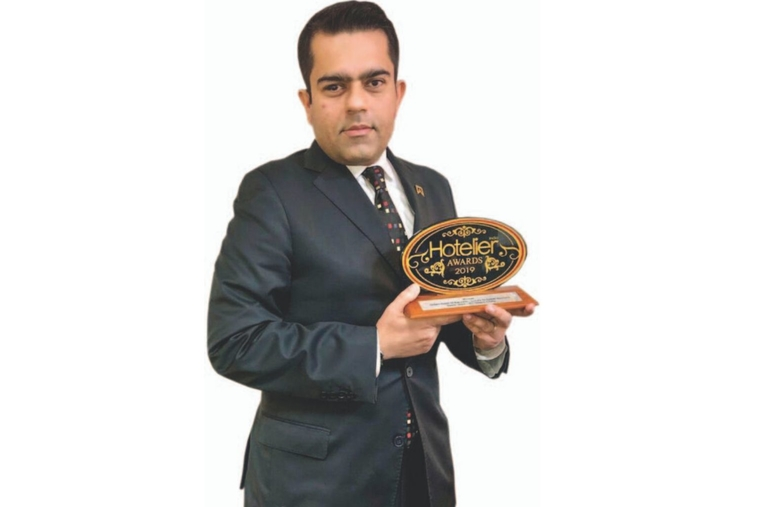 Samir Jilani wins 'Green Hotel of the Year' award for ITC Grand Chola