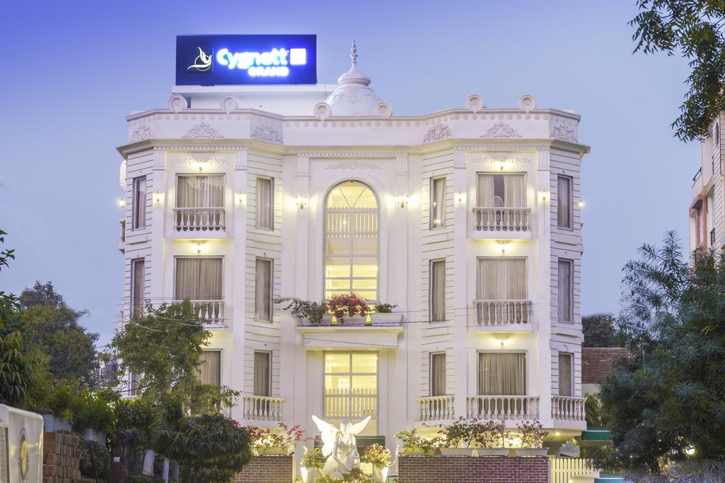 Contemporary, Cygnett Hotels & Resorts, Cygnett Inn Grand, Jaipur