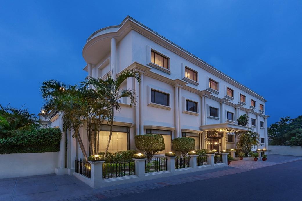 Sarovar Hotels & Resorts, Sarovar Hotels, MakeMyTrip, Eco friendly initiative, Sustainability, Responsible travel, Charity