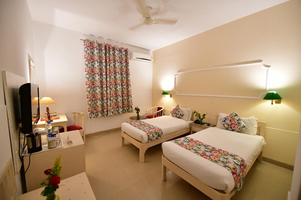 Pride Group of Hotels, Pride Kadamb Kunj Resort, Rajasthan, Bharatpur, Hotel launch