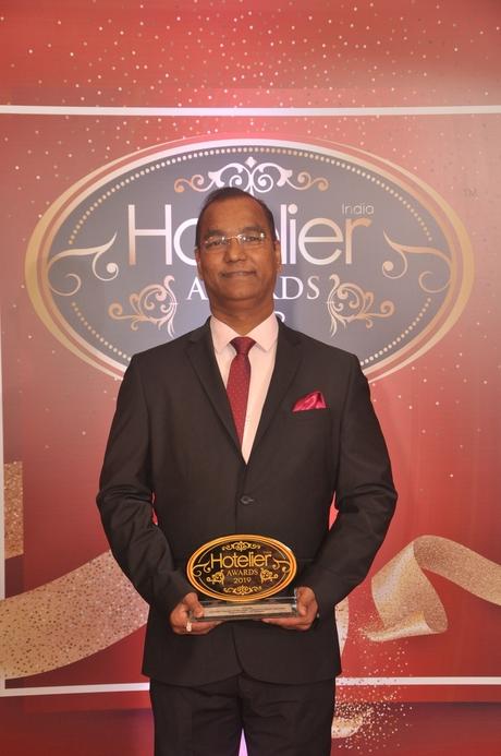 11th edition Hotelier India Awards, Hotelier India, Hotelier India Awards 2019, Laundry Person of the Year, Laundry Person of 2019, Prasad Naik, ITC Maratha Mumbai