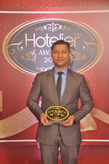 11th edition Hotelier India Awards, Hotelier India, Hotelier India Awards, Hotelier India Awards 2019, Ramesh Kumar Patel, Jaipur Marriott Hotel, Laundry Person of 2019, Laundry Person of the Year