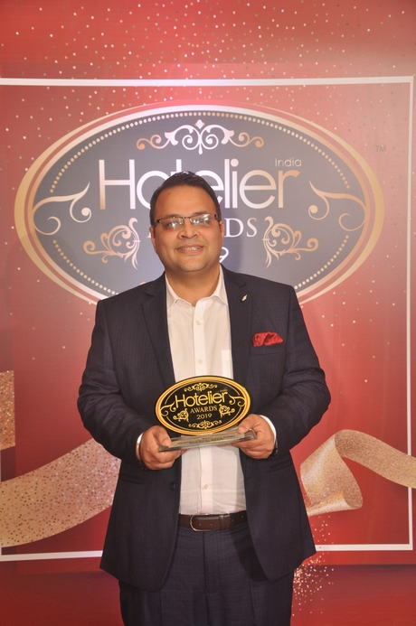 11th edition Hotelier India Awards, 11th Hotelier India Awards, Hotelier India, Hotelier India Awards, Hotelier India Awards 2019, F&B Person of the Year, F&B Person of 2019, Raman Suri, Ibis New Delhi