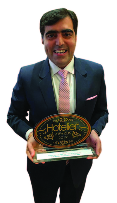 11th edition Hotelier India Awards, 11th Hotelier India Awards, Hotelier India, Hotelier India Awards, Hotelier India Awards 2019, General Manager of 2019, General Manager of the year, Vivek Mahajan, Crystal Sarovar Premiere Agra, General Manager Hospitality