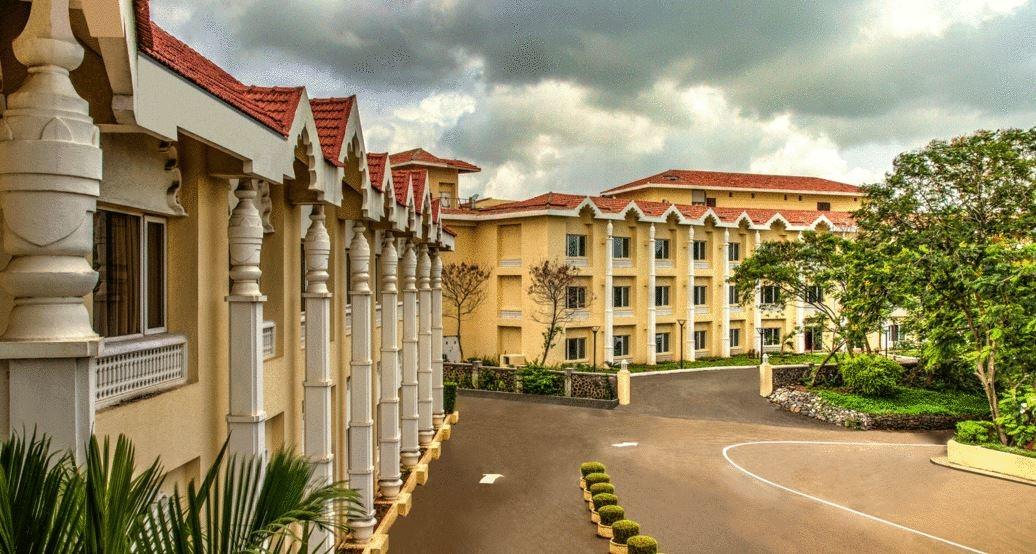 Edifice, Peshwai, Taj Gateway, Nashik, Design, Architectural style, History