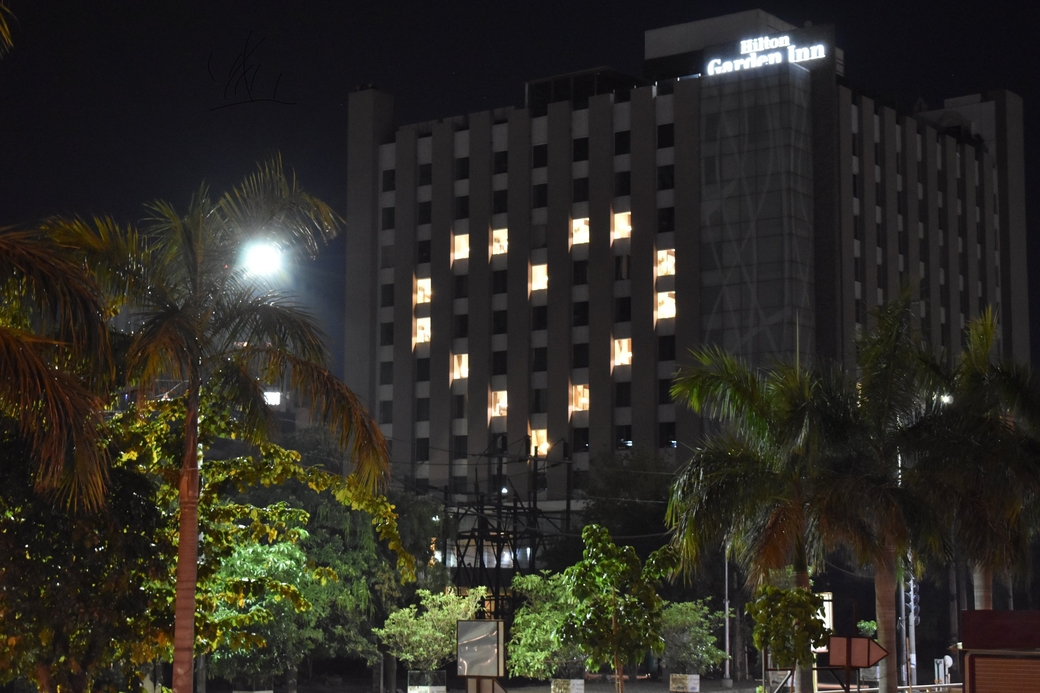Hilton Garden Inn, Gurgaon, Baani Square, Heart lit facade, Jai Chugh, Solidarity, Coronavirus