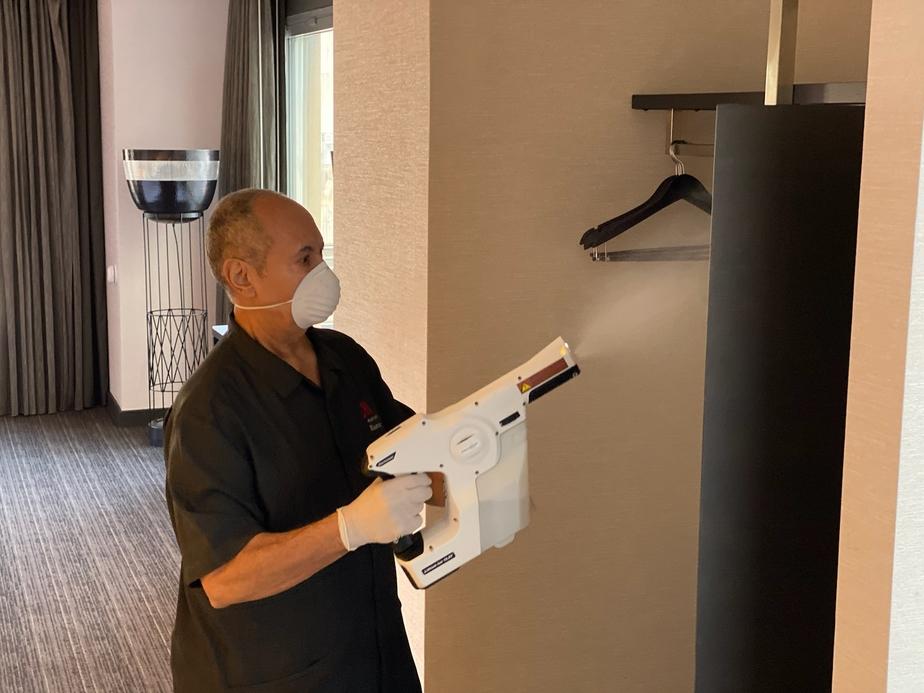 Marriott International, Hospital-grade disinfectant, New cleanliness standard, Coronavirus pandemic, Hygiene standards at Marriott