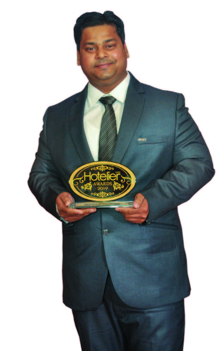 11th edition Hotelier India Awards, 11th Hotelier India Awards, Hotelier India Awards, Hotelier India, Hotelier India Awards 2019, Chef of 2019, Chef of the Year, Chef Suraj Kumar Sahoo, Hyatt Regency Lucknow, Hotelier Awards